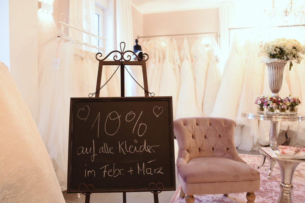 10 Prozent Eröffnungsrabatt auf Brautmoden